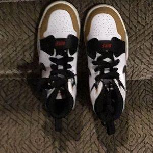 B12) Nike Jordan sneaker shoes